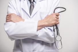 Empresas oferecem gratuidade aos profissionais de saúde no trabalho contra a Covid-19